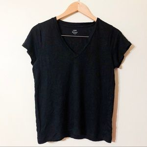 j. crew | 100% linen short sleeve black tee